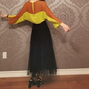 NWOT BCBG MaxAzria RUNWAY 100% silk top